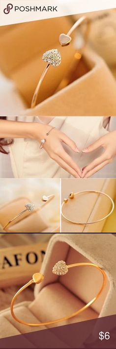 Woman's bracelet Very classy and simple gold colored fashion jewelry. Accessories