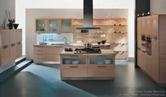 Idea of the Day: A modern Italian kitchen with light wood cabinets, open shelves, glass accents, and a wood paneled wall. By Latini Cucine. Light Wood Cabinets, Light Wood Kitchens, Kitchen Cabinet Manufacturers, Wood Backsplash, Wood Panel Walls, Cabinet Styles, Home Kitchens, Modern Kitchens, Open Shelving