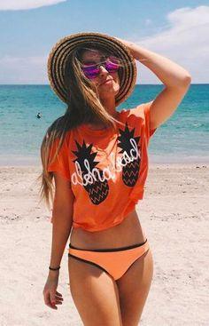 Estampa tropical em camisetas