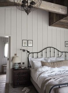 Jaw-Dropping Useful Tips: Minimalist Bedroom Art Apartment Therapy minimalist interior living room lamps.Minimalist Bedroom Decor Home minimalist interior home bedroom.Minimalist Bedroom Decor Home. Farmhouse Master Bedroom, Master Bedroom Design, Cottage Bedrooms, Bedroom Small, Minimalist Home Decor, Minimalist Bedroom, Minimalist Interior, Minimalist Living, Modern Minimalist