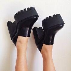 Stella shoes / plarform shoes / so 90's