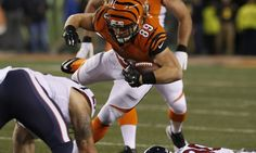 Bengals give FB Ryan Hewitt three-year extension = The Bengals got just 99 yards out of FB Ryan Hewitt last year. Those all came in the passing game. He did not get a single carry. Still, the team just decided to give him a three-year extension. This is being done to make.....