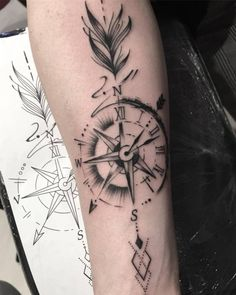 Compass + arrow: finding my own way Clock: Live life at every moment. Arrow Tattoo Arm, Arrow Compass Tattoo, Compass Tattoo Design, Arrow Tattoos, Feather Tattoos, Arm Band Tattoo, Forarm Tattoos, Body Art Tattoos, Sleeve Tattoos