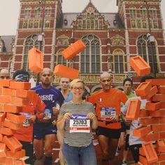 Zaterdag 15 oktober ging ik naar Amsterdam om mijn startnummer voor mijn aller eerste (maar zéker niet mijn laatste) halve marathon op te halen