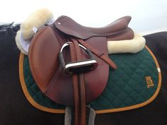 English riding is not Western riding. this is an English saddle made for riding English. Now I want to move these to a horse board. Equestrian Boots, Equestrian Outfits, Equestrian Style, Equestrian Problems, English Horse Tack, English Saddle, Western Riding, Horse Riding, Horse Gear