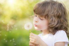 """Hochsensible Kinder: Manche Kinder scheinen mehr zu sehen, mehr zu fühlen, mehr nachzudenken als andere. Sie sind """"hochsensibel"""". Ihres auch? © Thinkstock"""