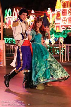 Disneyland Dec 2012 - A Christmas Fantasy Parade | Flickr - Photo Sharing!