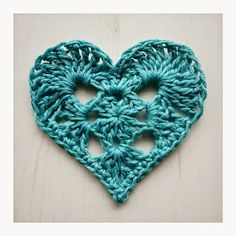 Crochet heart free pattern.