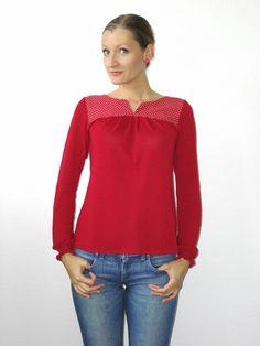 Longsleeve rot gepunktet von lucylique - Mode und Accessoires made in Leipzig auf DaWanda.com