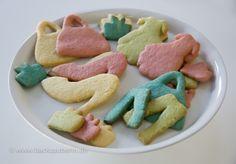 Kekse ohne Dekor/cookies without decoration. Zum Rezept/Find the recipe here: http://www.backzauberin.de/gebaeck-kekse/ausstecherle/