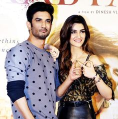 Sushant Singh Rajput and Kriti Sanon dropped major hints about their relationship during the Raabta trailer launch. - 5 moments from the Raabta trailer launch that prove that Kriti Sanon and Sushant Singh Rajput might be more than just friends Bollywood Couples, Bollywood Actress Hot Photos, Bollywood Gossip, Bollywood Actors, Bollywood Celebrities, Bollywood News, Cute Celebrities, Indian Celebrities, Celebs