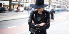 O αρμονικός συνδυασμός ρούχων, παπουτσιών και αξεσουάρ λέγεται Style Icon ...    - Μάθε τους βασικούς κανόνες πρίν το υιοθετήσεις.    - Το Style Icon δεν ακολουθεί την μόδα κατά γράμμα.  Οι βασικοί κανόνες:  Σωστή και πρακτική επιλογή: Η γυναίκα για