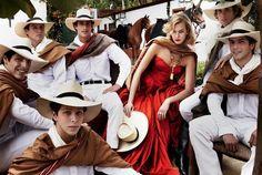 "Mario Testino on Twitter: ""PERUVIAN PASO HORSE RIDERS WITH ..."