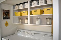 You too can have this organized laundry room with the help of storage containers and baskets from Old Time Pottery!  http://www.oldtimepottery.com/