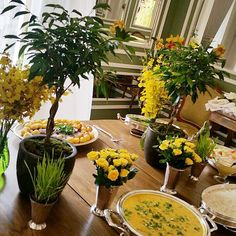A yellow lunch #vicoutinhoflores