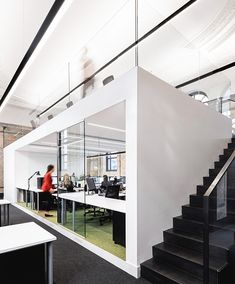 With the team getting bigger as the projects roll in, LEMAYMICHAUD expands office space to the building nest door, where modernity flirts with the past. Architecture Design, Light Architecture, City Office, Quebec City, The Expanse, Stairs, Building, Projects, Offices