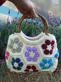 Granny Hexagon Bag... by Loving The Vintage, via Flickr