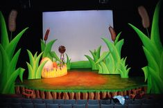 Set Design - Capilano University, 2008 I have designed the musical HONK! two times and had it tour in many other theatres after it. Lion King Play, Lion King Jr, Set Design Theatre, Prop Design, Honk The Musical, Hansel Y Gretel, Stage Props, Le Roi Lion, Stage Set