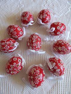 Potěšení z drátků. a nejenom z nich Easter Crafts, Holiday Crafts, Fun Crafts, Egg Shell Art, Easter Egg Designs, Egg Art, Egg Decorating, Easter Recipes, Happy Easter