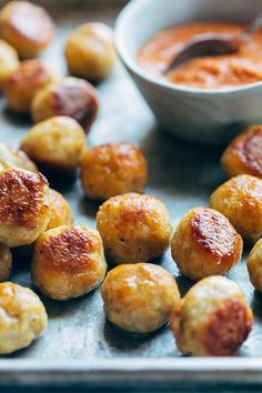 These Baked Chicken Meatballs are the BEST The perfect addition to any meal or to eat right on their own Bonus they re meal-prep friendly to stock up throughout the week meatballs chicken mealprep easyrecipe Ground Chicken Meatballs, Healthy Chicken Meatballs, Olive Garden Chicken Meatballs Recipe, Baked Turkey Meatballs, Ground Chicken Meatloaf, Ground Chicken Burgers, Baby Food Recipes, Cooking Recipes, Easy Recipes