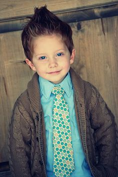 Sewing pattern to make this cute little boys' tie. Love it!