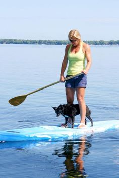 Saw so many people doing SUP in Hawaii with their dogs, amazing!