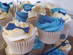beach cupcakes-- love bucket shovel and the idea of a fish