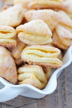 Farmers Cheese Cookies Soft Farmer s Cheese Cookies - quot; (Geese Feet) - Olga s Flavor FactorySoft Farmer s Cheese Cookies - quot; (Geese Feet) - Olga s Flavor Factory Chocolate Cookie Recipes, Easy Cookie Recipes, Sweet Recipes, Dessert Recipes, Chocolate Chips, Cookie Desserts, Puff Pastry Desserts, Savory Pastry, Cookie Flavors