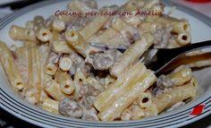 Pasta con salsiccia e vodka, ricetta  http://blog.giallozafferano.it/cucinaconamelia/pasta-con-salsiccia-e-vodka-ricetta/