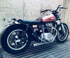 XS650 Yamaha 650, Yamaha Sr400, Yamaha Bikes, Bobber Bikes, Honda Cb750, Scrambler Custom, Custom Motorcycles, Custom Bikes, Cafe Bike
