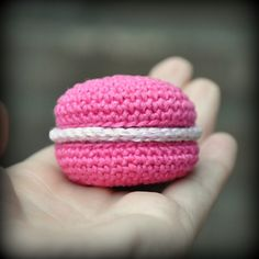 Ravelry: Raspberry Macaron pattern by Grietje karwietje