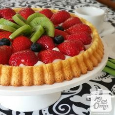 This fruit flan recipe (Obsttorte) is so quick and easy ... takes just one hour from start to table ... and is so versatile ... and so pretty ... and so good! WUNDERBAR!