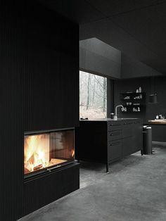 wandfarben ideen schwarze wandfarbe küche kücheninsel kamin