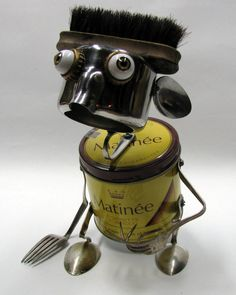 RECYCLED Reused Repurposed Upcycled ROBOT  Sculpture von BranMixArt