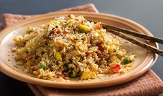 Healthy Fried Rice Recipe - Clean Eating And Simple To Prepare Arroz Frito, Rice Recipes, Cooking Recipes, Healthy Recipes, Cooking Hacks, Panda Express Fried Rice, Healthy Fried Rice, Pork Fillet, Clean Eating