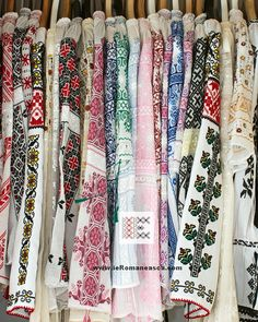 hand embroidered Romanian blouses - worldwide shipping - www.ieRomaneasca.com - online shop!