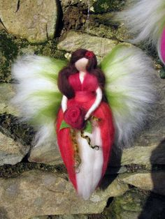 Needle Felted Wool fairy Flower fairy Waldorf por LivelySheep