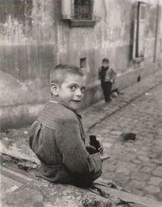 Aubervilliers, Paris, 1952 photo by Jean-Philippe Charbonnier