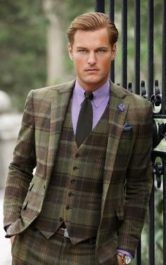 Wonderful colour combination ~ impeccable Ralph Lauren.