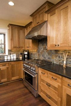 Modern Kitchen Backsplash, Refacing Kitchen Cabinets, Kitchen Cabinetry, Kitchen Redo, Home Decor Kitchen, Home Kitchens, Kitchen Remodel, Kitchen Ideas, Cabinet Refacing
