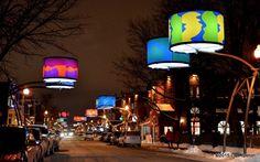Ville de Québec - 34 abat-jour géants ont été installé entre la Grande Allée et le Chemin Sainte-Foy. Le parcours « Lumière sur l'art » met en vedette des oeuvres d'Alfred Pellan et de Fernand Leduc qui appartiennent au Musée national des beaux-arts du Québec.