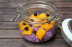 Heidelbeer Joghurt Overnight Oats mit Mango