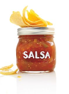 Salsa Canning Recipes, Canning Salsa, Ricardo Recipe, Mild Salsa, Pickled Beets, Chipotle Sauce, Popcorn Recipes, Cold Meals, Chutney