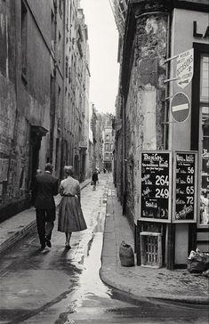 Paris , 1954 (By Inge Morath )