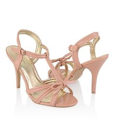 Strappy Bow Sandals - StyleSays