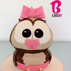 Owl Baby Cake! omg I don't know if she could do this but its flipping adorable!