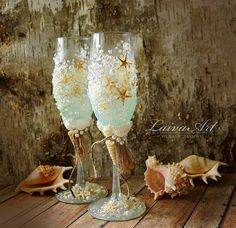 Personalized / Beach / Wedding / Champagne Flutes by LaivaArt