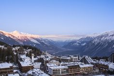 Crans Ambassador hotel has one of the highest elevations amongst hotels in the region and is the perfect place to admire the valley from above. Switzerland Hotels, Ambassador Hotel, Swiss Travel, Mountain View, Weekend Getaways, Cool Places To Visit, Montana, Luxury, Flathead Lake Montana