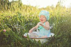 Toddler wash tub splashing bubble ideas. www.elizabethfrederickphotography.com
