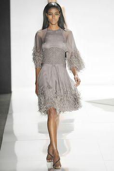 Ralph Rucci Fall 2009 Ready-to-Wear Fashion Show - Gate